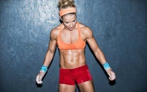 crossfit girl red shorts