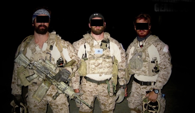 How a Navy SEAL Sets Up His Body Armor | SEALgrinderPT